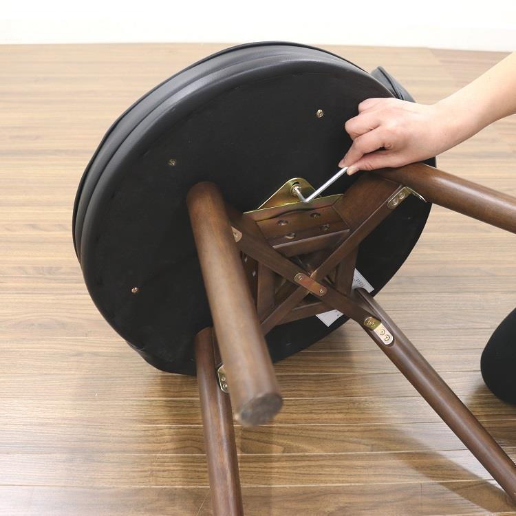 トリニータ 回転式ダイニングチェア  BK