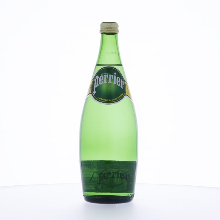 ペリエ スパークリングウォーター プレーン瓶 750ml