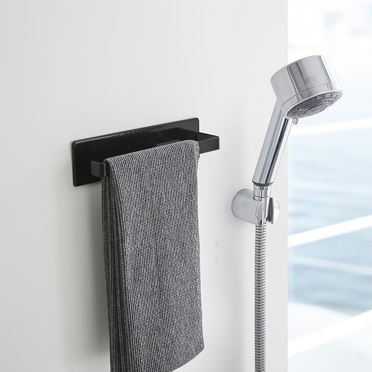 マグネット 浴室タオルハンガータワー  BK