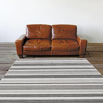 ルナール 涼感ラグ 185×185 BK