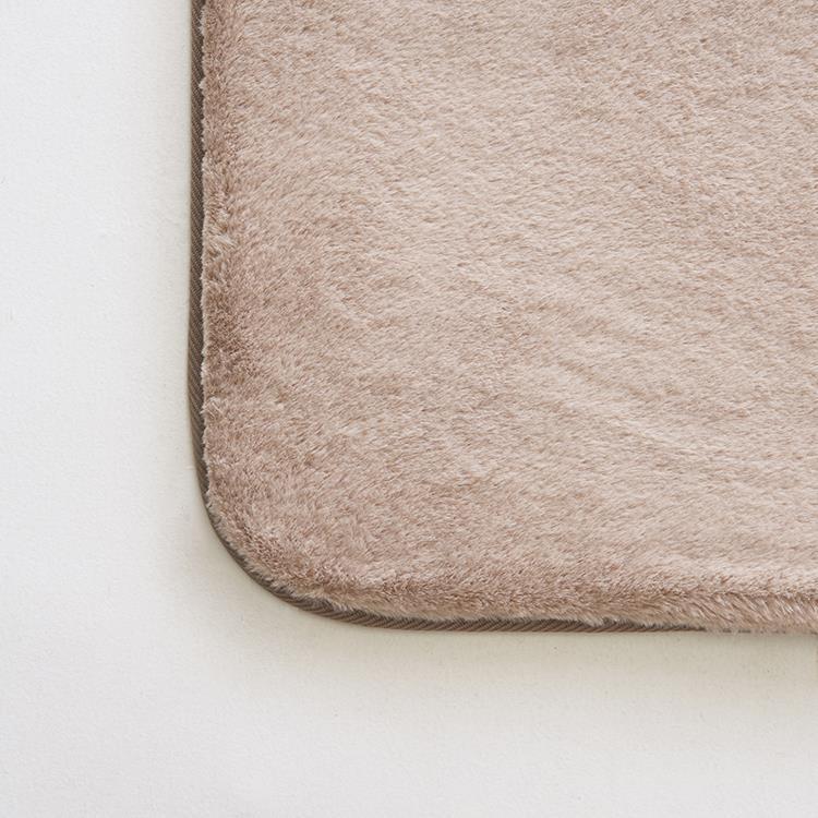ラビットファー+3℃ ラグ 185×185 BE