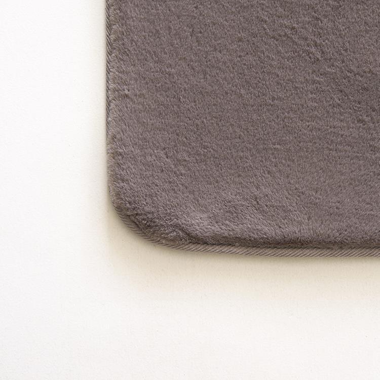 ラビットファー+3℃ ラグ 185×185 GY